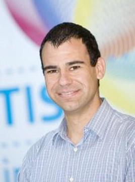 Referent: Dott. For. Paolo Bertoni, <br>TIS innovation park - Cluster Holz & Technik